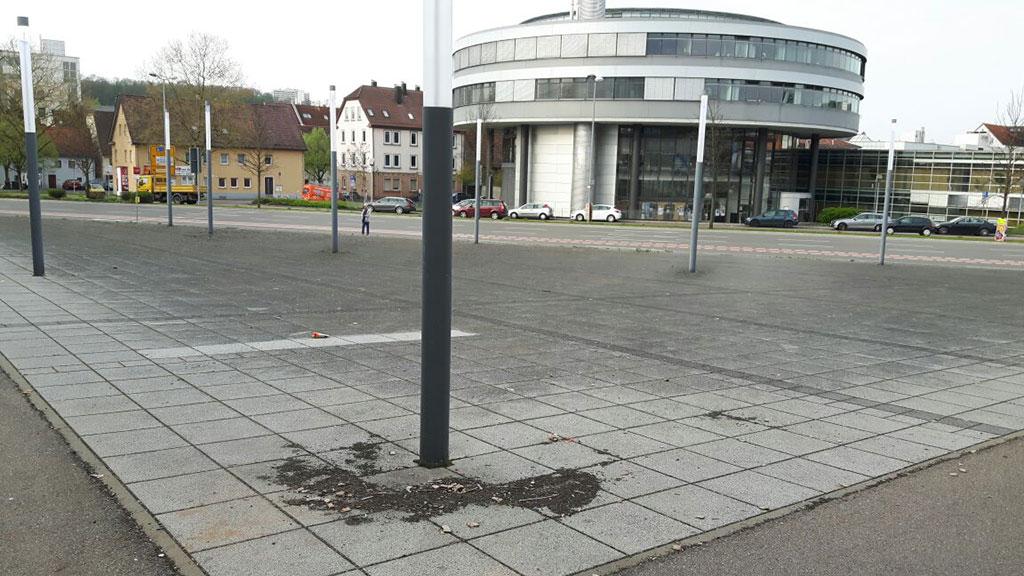 Bodenfläche VOR Reinigung