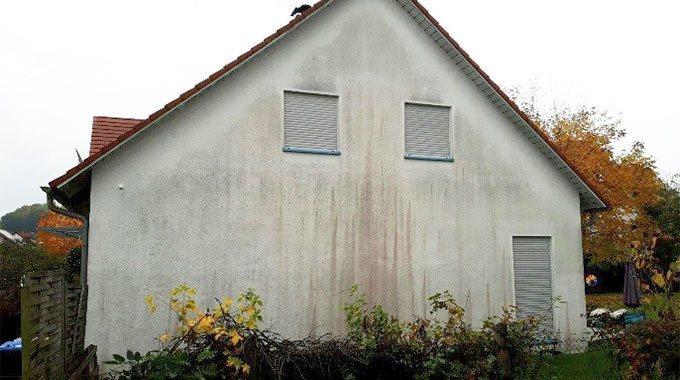 verschmutzte Fassade